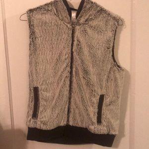 Patagonia Large Women's Fuzzy Vest